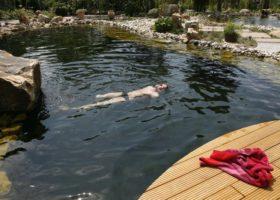 Badevergnügen im glasklarem Wasser in Ahlen