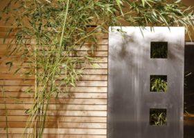 Rhombus-Element mit Design-Edelstahl-Element