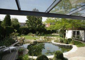 Wasserlandschaft im Garten