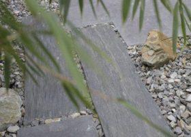 exklusiver Gartenbau mit Schieferplatten